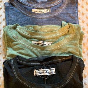 BUNDLE: 3 Abercrombie & Fitch loose fitting tees